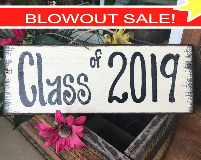 GRADUATION Party SIGN Class of 2019 Grad Senior Pictures Prop Wood Graduate Year Decor Decorations Gift Cream Tan Turquoise Teal Blue