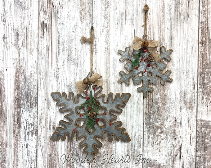 "CHRISTMAS DECORATIONS RUSTIC Xmas Decor Snowflake *Farmhouse Wood Metal Wall Hanging Galvanized Pine Berries Bell Country 8"" or 12"" Ornament"