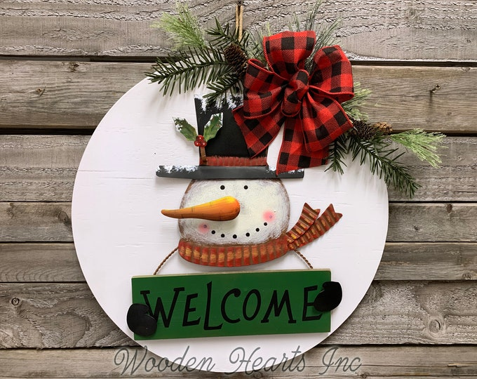 "Snowman Welcome Christmas Holiday Door hanger Wreath Wood Round Sign Greenery, Believe, Boy Top Hat, Bow 16"" 3D Metal Snowman"