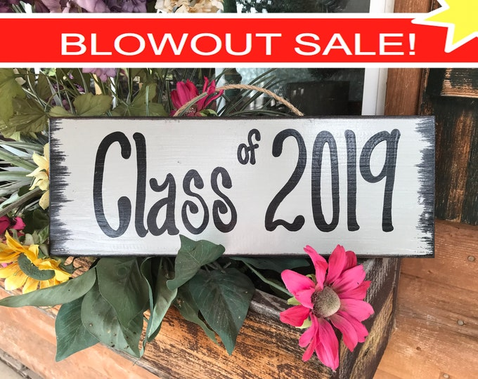 GRADUATION Party SIGN Class of 2019 Grad Senior Pictures Prop Wood Graduate Year Decor Decorations Gift Cream Tan Turquoise Gray Blue