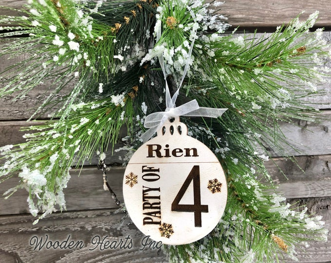 Party of 4 Ornament Personalized Family 1 2 3 4 5 6 7 8 Christmas Last Name Couple First Xmas Wood Engraved Custom Tree Decor Wedding Gift
