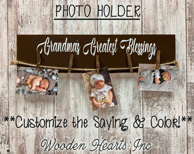 PHOTO Holder Sign GRANDMAS MOMS Greatest Blessings Wood 5 Picture Frame Gift for Grandma Mom Grandkids Family Rustic Clothes Pins Clips