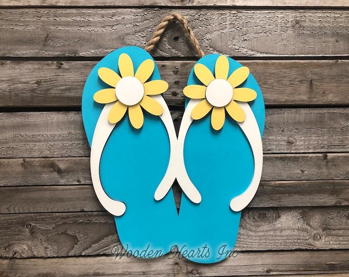 FLIP FLOPS SIGN, Wood Wall Beach House, Door Hanger, Ocean Summer Welcome Lake Flip Flop 3D Cutout Shaped Decor Yellow Blue White Flowers