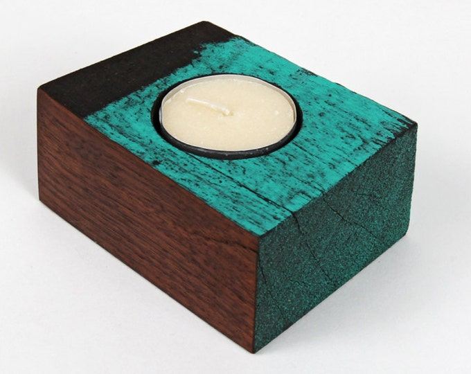Reclaimed wood tea light candle holder - medium