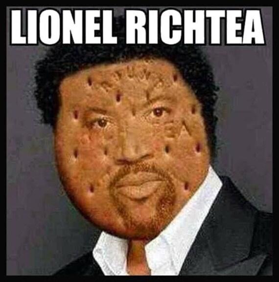 Men/'s Ladies T SHIRT funny biscuit singer Lionel Richtea cuppa comedy