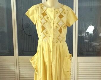 Vintage Rockabilly Hardanger Embroidered Shirtwaist Dress