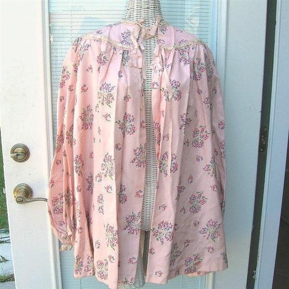 Vintage 40s Satin Taffeta Bed Jacket Floral Satin… - image 1