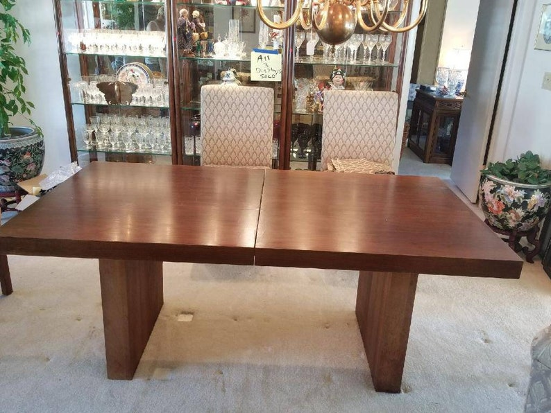 Mid Century Modern Dining Set by Milo Baughman with 2 leaves & image 0