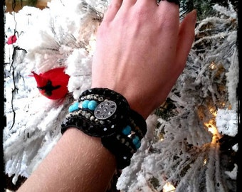 Dalmatian Jasper and Turquoise Howlite Button Clasp Bracelet.
