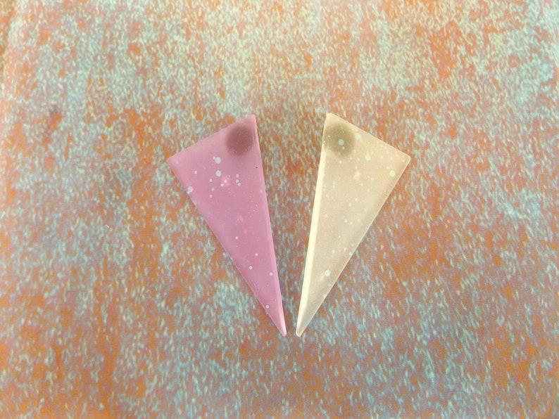 Futuristic Earrings Disco Dame Clip On GLOW In The DARK Space Age Neon Triangle UV Ultra Violet Glitter Fluoro Rave Teknival Doof