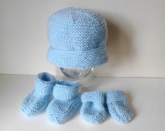 Crochet baby mittens, booties and mittens , crochet mittens, crochet  booties, baby beanie hat,  crochet newborn hat, crochet baby hat