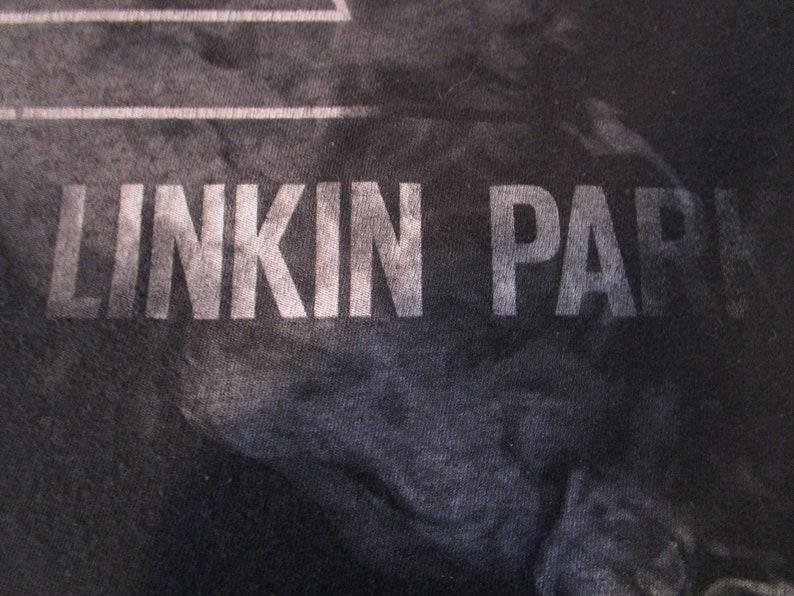 Linkin Park Shirt. Vintage T-shirt. Graphic Tee. Top. X-Large Black Tee. Chester  Bennington. California Band. Rock Music. e073c1d03f40