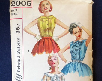 1950s Sweet Blouse with Tucks and Variations Vintage Pattern, Simplicity 2005, Size 12, Bust 32
