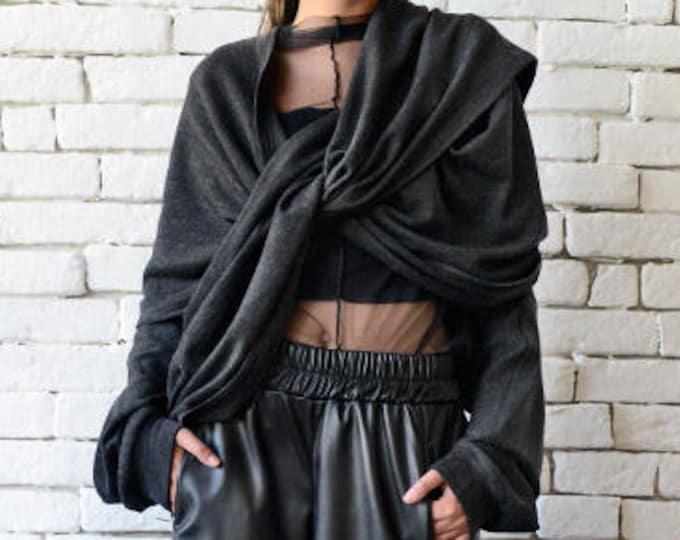Extravagant Sleeves/Avant Garde Top/Black Poncho Top/Asymmetric Tunic Top/Extravagant Black Scarf/Long Loose Sleeves/Black Twisted Top