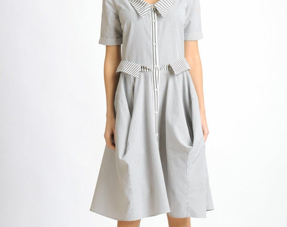 Loose Short Sleeve Dress/White and Grey Stripe Dress/Casual Everyday Dress/Knee Length Oversize Tunic/Extravagant Collar Button Dress