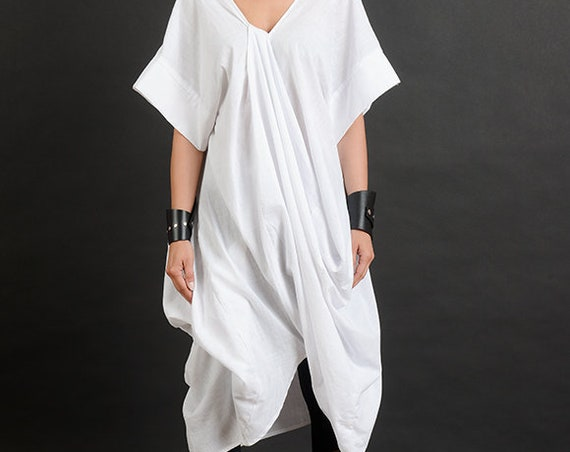 White Loose Tunic/Extravagant Asymmetric Tunic/White Oversize Long Top/Open Back Tunic Top/Plus Size Maxi Tunic/White Asymmetric Top