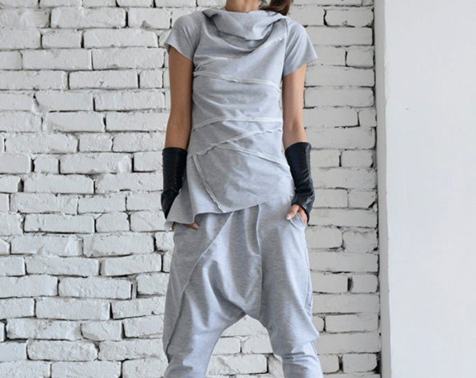 Grey Loose Tracksuit/Oversize Casual Set/Grey Harem Pants/Asymmetrical Grey Top/Two Piece Modern Set/Short Sleeve T-shirt/Street Fashion