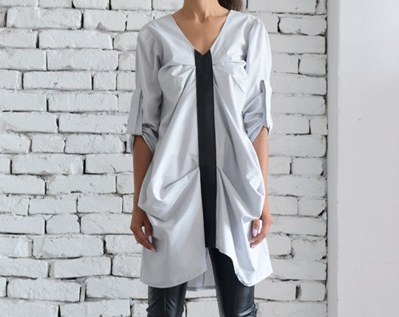 Light Grey and Black Tunic/Asymmetric Oversize Top/Half Sleeve Casual Shirt/Plus Size Grey Tunic/Extravagant Loose Shirt/Black Line Top
