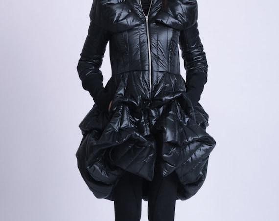 NEW Extravagant Puffy Coat/Black Dress Coat/Oversize Collar Coat/Black Shiny Jacket/Maxi Coat with Pockets/Long Sleeve Zipper Coat METC0076