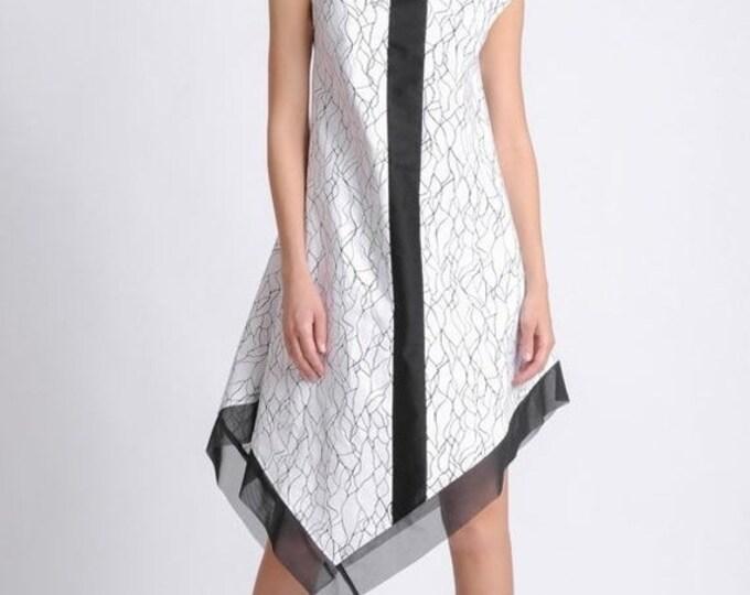 SALE NEW Extravagant Pattern Asymmetric Dress/Black and White Dress/Sleeveless Dress with Mesh Hem/Abstract Pattern Tunic Dress with Black L