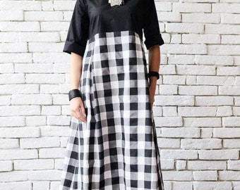 SALE Black and White Maxi Dress/Plus Size Dress/Checked Oversize Kaftan/Summer Casual Dress/Maxi Dress with Pockets/Checkered Pattern Dress