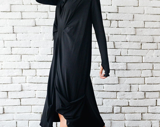 Oversize Black Loose Casual Tunic / Thumb Hole Sleeve Dress / Long Sleeve Black Maxi Dress / Comfortable Tunic Top by METAMORPHOZA