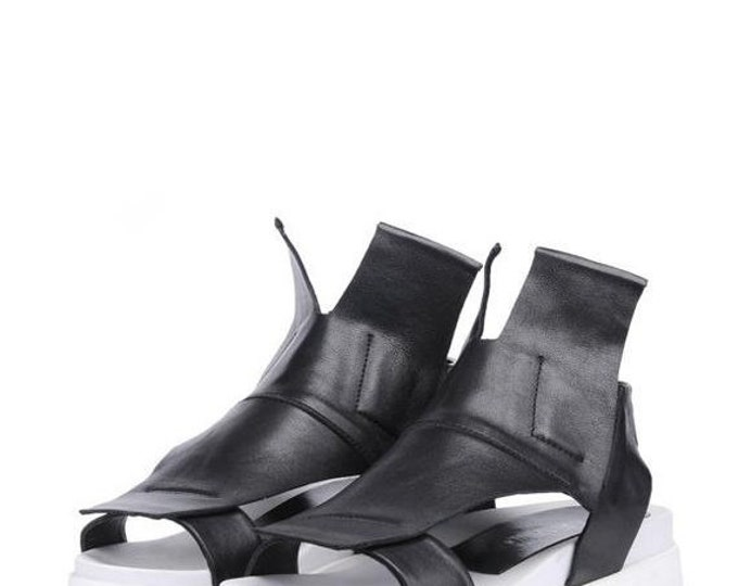 SALE NEW Black and White Flats/Genuine Leather Summer Sandals/Extravagant Cut Out Shoes/Black Leather Casual Sandals/Comfortable Everyday Sh