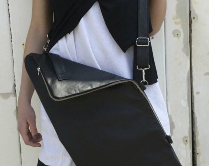 SALE Leather Bag / Black Bag with Zipper / Black Handbag / Casual Bag / Adjustable Strap Bag / Cross Body Bag / Black bag