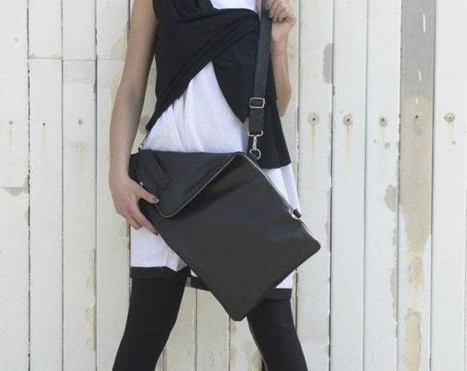 SALE Black Genuine Leather Bag / Zipper Cross Body School Tote / Adjustable Strap Casual Handbag  by METAMORPHOZA