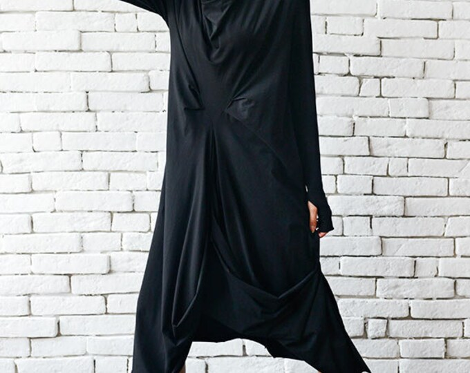 High Quality Black Maxi Dress / Asymmetrical Loose Oversize Tunic / Long Sleeve Thumb Hole Maxi Black Dress by METAMORPHOZA