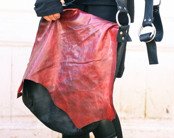 Black and Red Asymmetrical Avantgarde Leather Bag/Genuine Leather Shoulder Bag with Cover/Extravagant Everyday Tote Bag/Cross Body Bag
