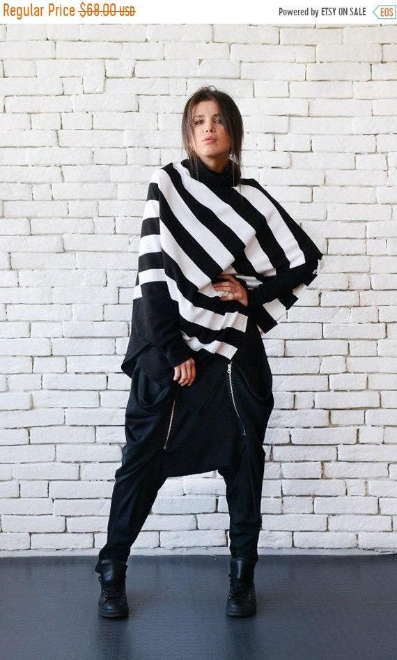 20% OFF Stripe Loose Tunic/Extravagant Black and White Poncho/Half Sleeve Maxi Sweater/Asymmetric Warm Top/Plus Size Tunic/Stripe Oversize S