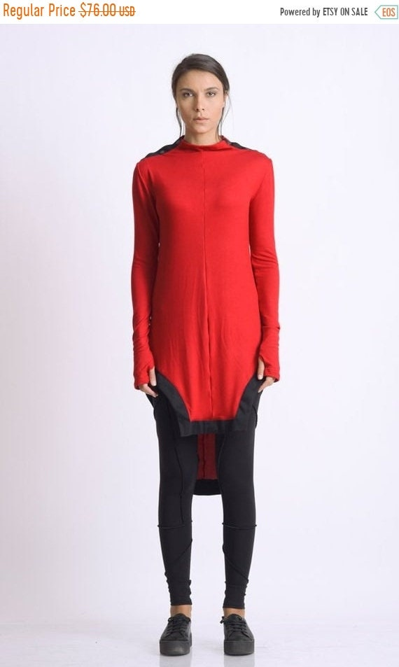 20% OFF Extravagant Two Color Tunic/Black and Red Tunic Top/Asymmetric Casual Tunic/Thumb Hole Sleeves Blouse/Red Asymmetric Top METT0112