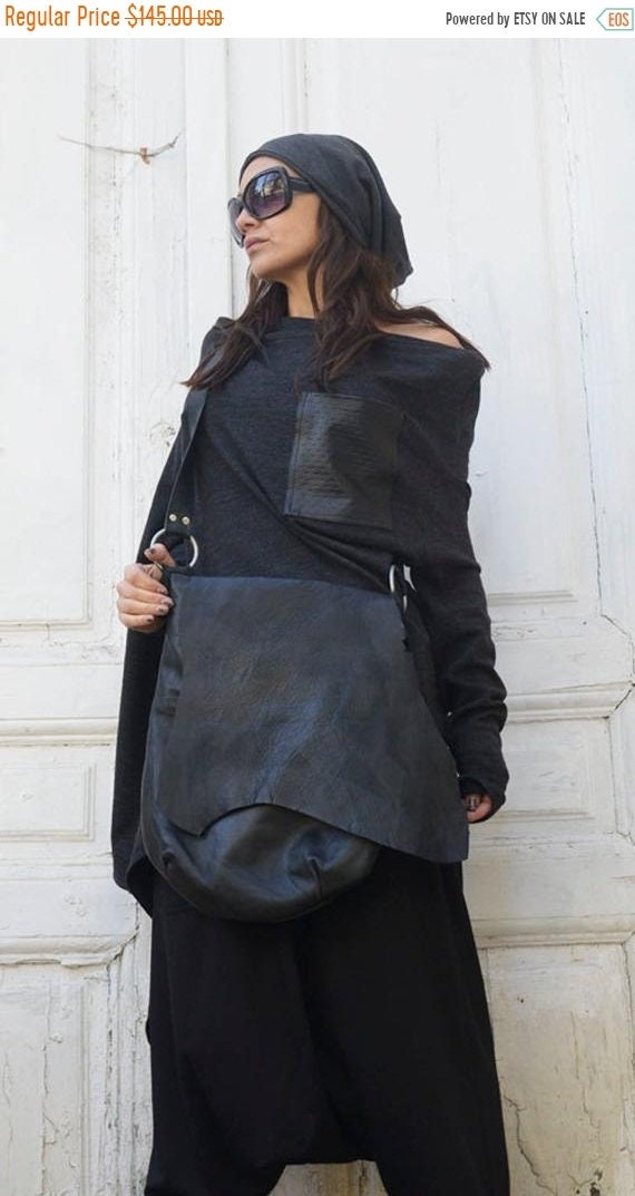 15% OFF Cross Body Black Leather Bag/Extravagant Leather Tote/Black and Red Genuine Leather Clutch/Goth Culture Handbag/Extravagant Leather