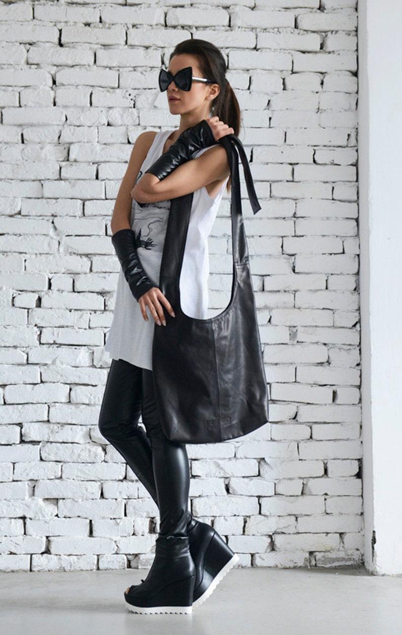 Black Casual Bag/Cross Body Leather Bag/Stylish Black Shoulder image 0