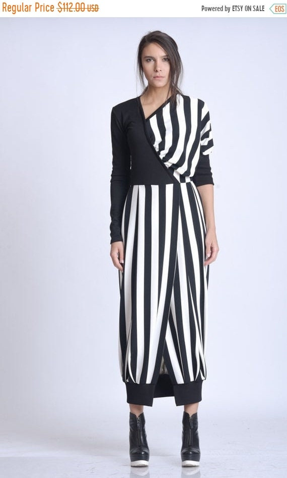 20% OFF NEW Monochrome Long Dress/Extravagant Black and White Stripe Dress/Slimming Vertical Stripe Dress/Long Sleeve Casual Dress METD0138