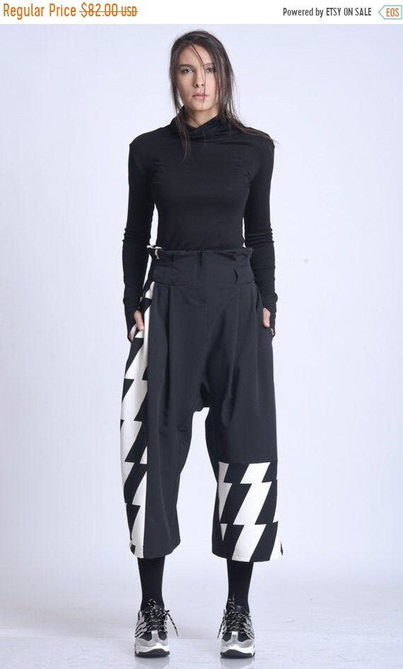20% OFF NEW High Waist Loose Pants/Extravagant Monochrome Pattern Pants/Wide Leg Calf Length Trousers/Black and White Maxi Pants/3/4 Loose P