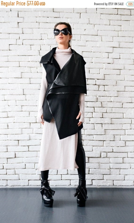 25% OFF Black Vest with Leather Collar/Asymmetric Black Vest/Structured Asymmetric Vest/Long Vest with Leather Details