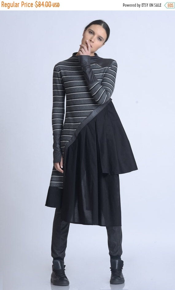 20% OFF NEW Striped Tunic with Suede/Extravagant Asymmetric Long Top/Long Sleeve Shirt/Zipper Accent Neckline Top/Multi Color Stripe Tunic M
