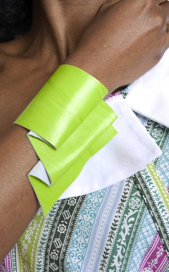 Neon Green Bracelet/Extravagant Wrist Bracelet/Asymmetric Snap Button Bracelet/Genuine Leather Bracelet/Leather Accessory