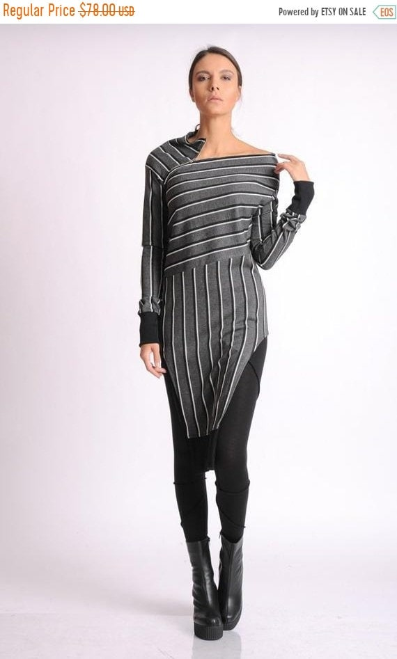 35% OFF Long Sleeve Tunic/ Loose Tunic Dress/ Extravagant Top/ Asymmetric Tunic/ Long Oversize Tunic/Loose Zipper Top/Stripe Tunic Dress