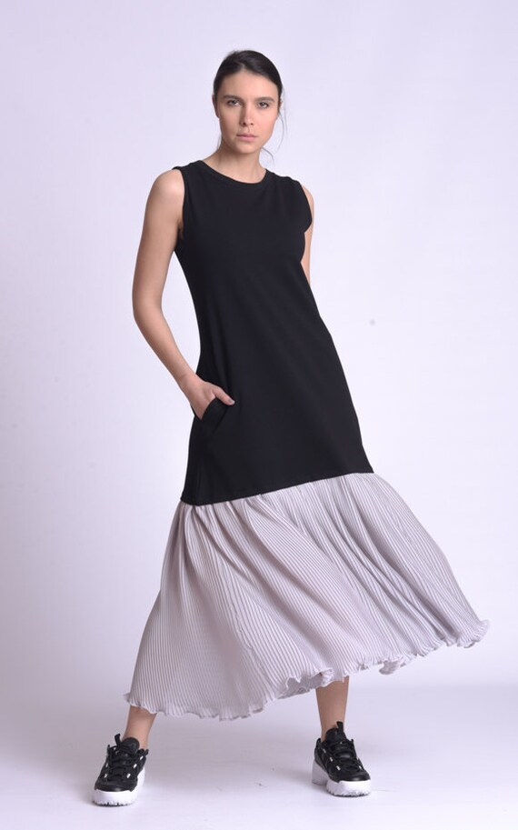 NEW Long Loose Pleated Dress by METAMORPHOZA