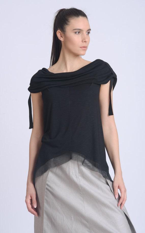 NEW Extravagant Black Top/Asymmetric Mesh Hem Top/Casual Black Blouse/Top with Mesh Accent/Loose Everyday Shirt/Summer Black Top METT0164