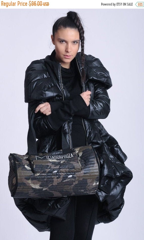 15% OFF NEW Camouflage Duffle Bag/Extravagant Large Handbag/Pattern Print Shoulder Bag/Oversize Round Purse/Oversize Tote Bag/Casual Sport B