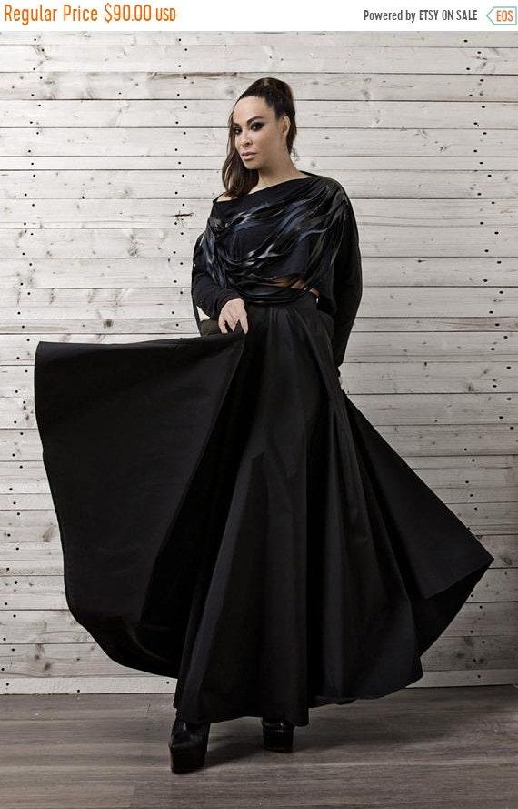 25% OFF Long Black Maxi Skirt / Statement Loose Floor Length Skirt / Oversize High Waisted Fashion Skirt/ Formal Black Skirt / Black Elegant