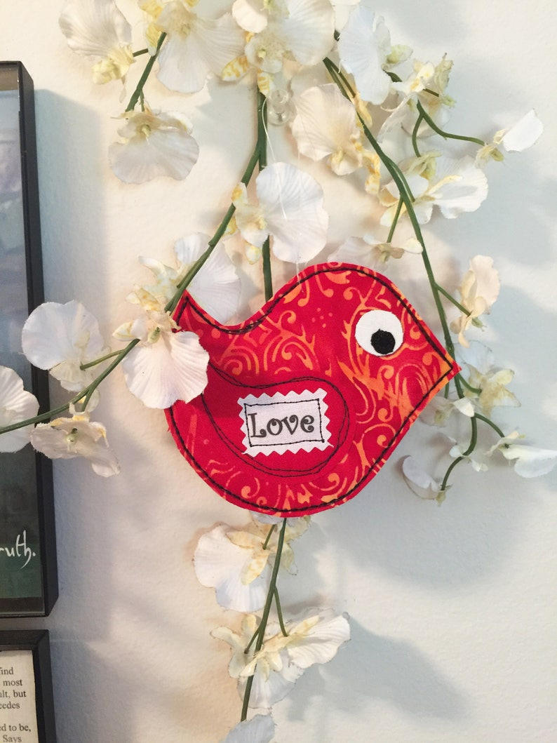 Fabric ornament Love Arty Bird Card Quilted bird ornament gift quilted bird Gift Card fabric bird Inspiring Quote red Love card #1