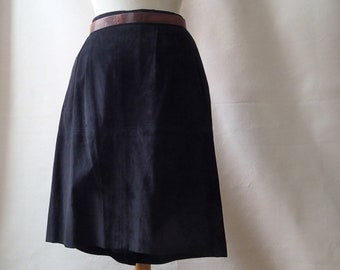 80s vintage black suede mini skirt; short black xs suede skirt; 80s high waisted goth grunge mini skirt
