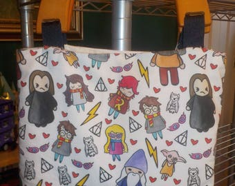 Harry Potter Doodles purse with wooden handles/magnetic clasp