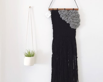 Black & Gray Triangle Weaving