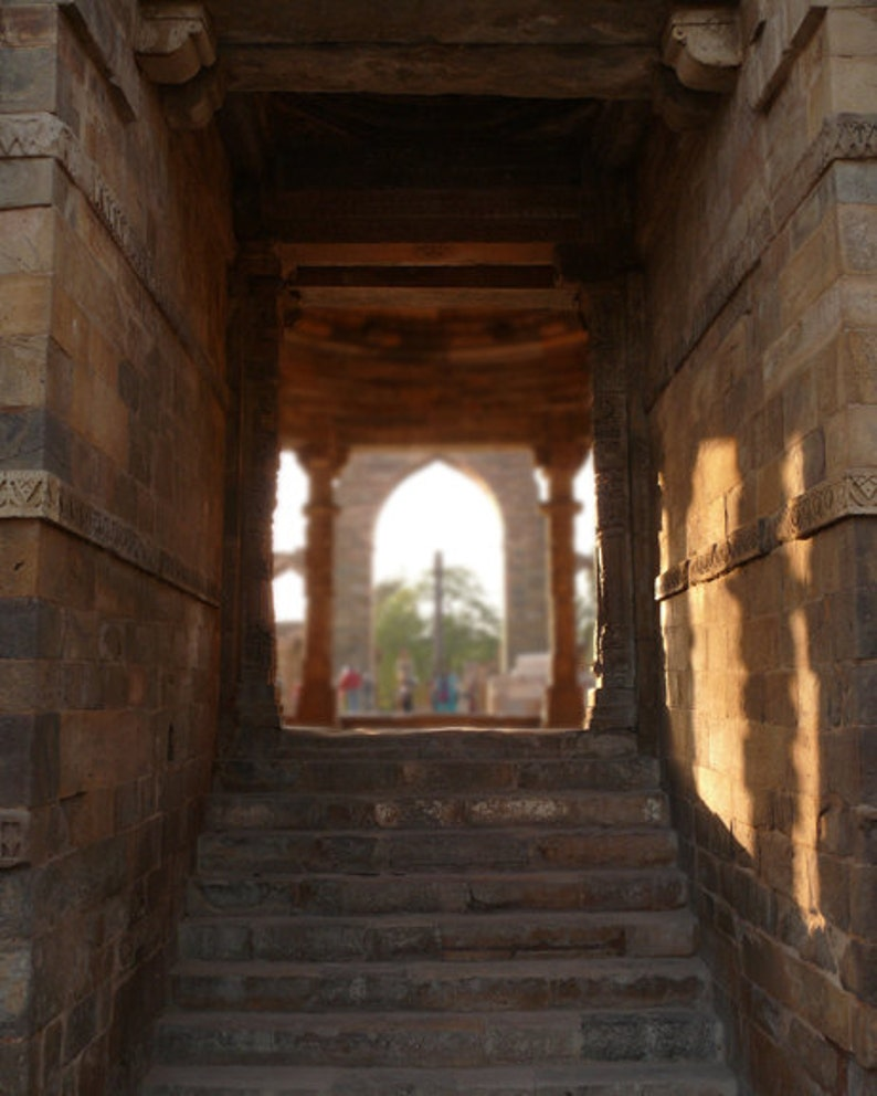 Indian Photography - Indian Architecture Photo 3, 24x36 20x30 16x20 8x10  5x7 fine art wall decor, wall art india temple columns photo